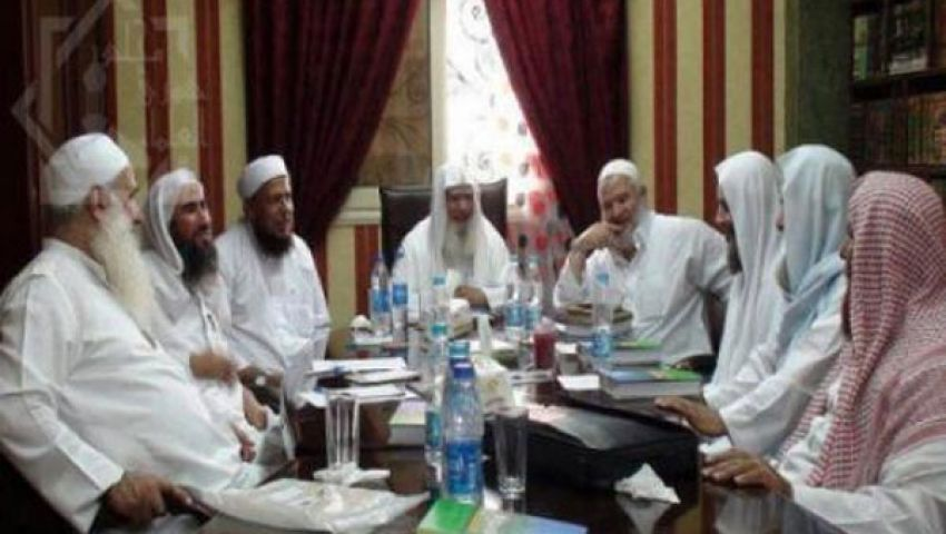 شورى العلماء يطالب بعودة مرسي رئيسًا وتشكيل حكومة كفاءات