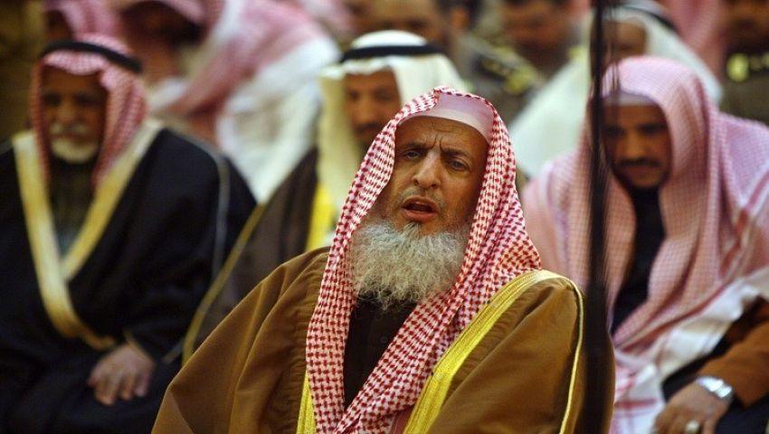مفتى السعودية يدعو لاستثمار وسائل التواصل لتوحيد الصف