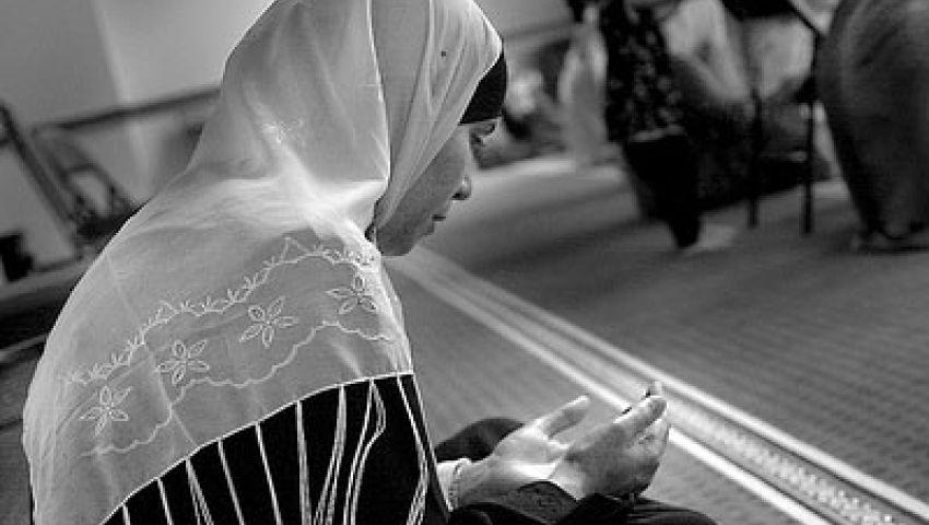 خطبة التروايح.. شعيرة رمضانية بطعم السياسة