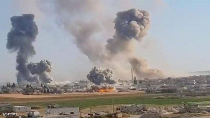 فيديو| معارك بلا توقف وتحذيرات إنسانية.. ماذا يحدث في شمال سوريا؟