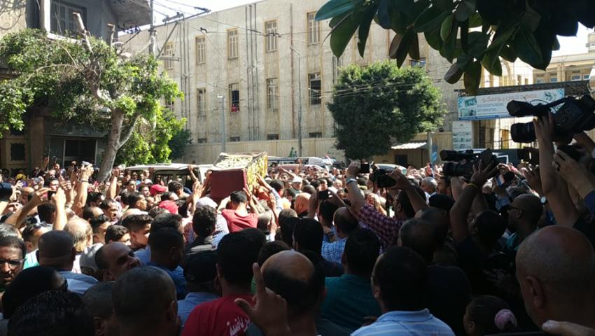فيديو وصور|  جنازة طلعت زكريا في الإسكندرية