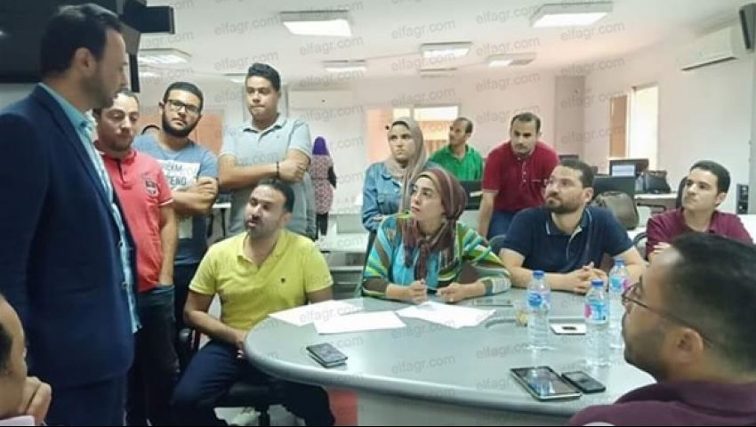 صحفيو التحرير يبدأون التصعيد ضد «قرطام» بكشف الأسباب السياسية للأزمة