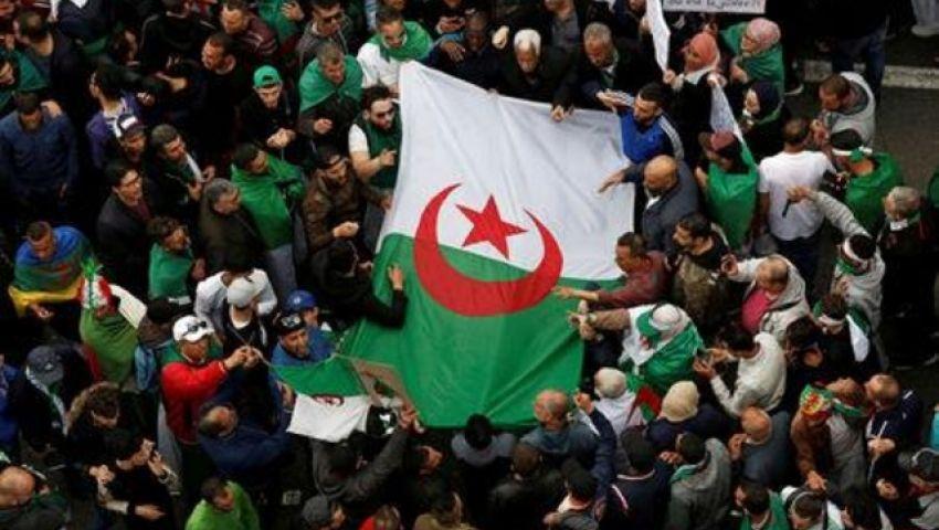 توقيف 5 مليارديرات بتهم فساد.. حرب النفوذ تشتعل في الجزائر