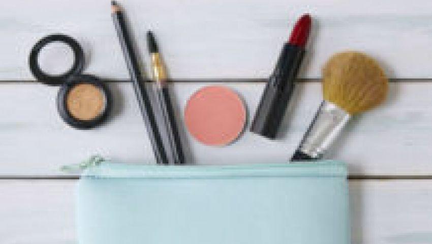 5 منتجات جمالية لا تخرجيها من حقيبتك في فصل الربيع