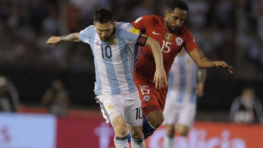 «فيفا» في طريقه لمعاقبة ميسي بسبب مباراة الأرجنتين وتشيلي