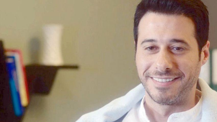 زي الشمس الحلقة 29.. الشكوك تعود حول «احمد السعدني» في قضية قتل فريدة