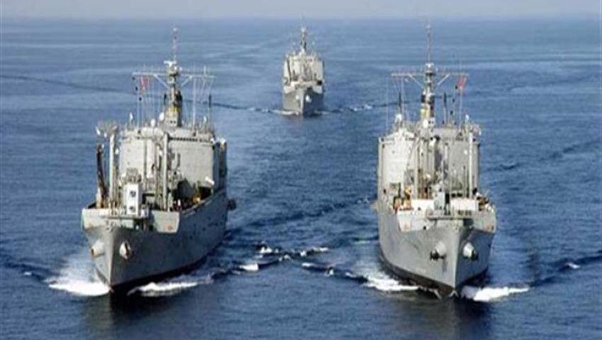 القوات البحرية تنقذ 26 سائحًا وطاقم  يخت من الغرق بالبحر الأحمر