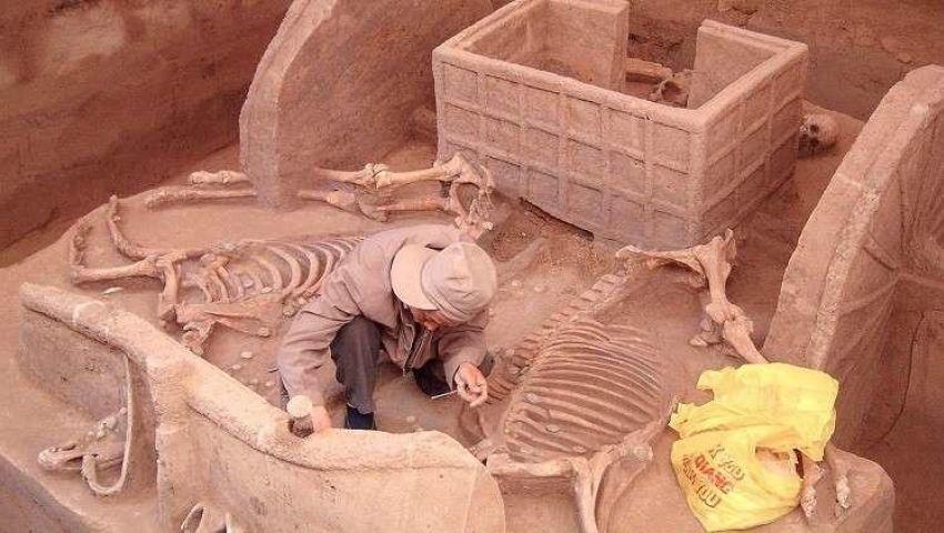 اكتشافات في الصين| مقبرة تعود إلى 2000 عام.. ولوحة حجرية من عهد الإمبراطور مينج