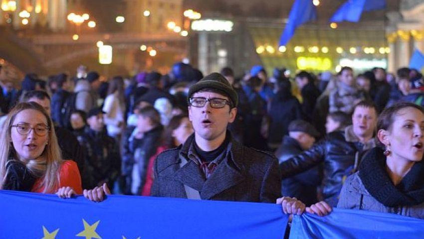 من يربح أوكرانيا.. روسيا أم الاتحاد الأوروبي؟