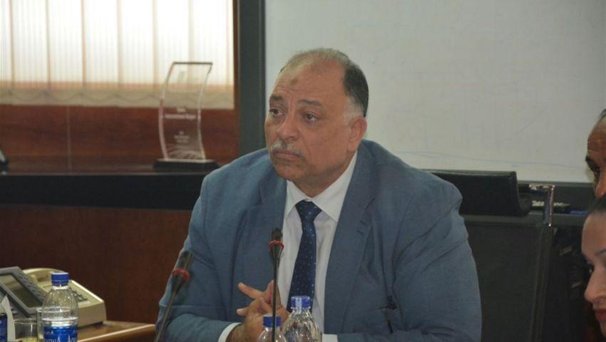 رئيس القابضة للمطارات ينفى تسلم فالكون مطار شرم الشيخ