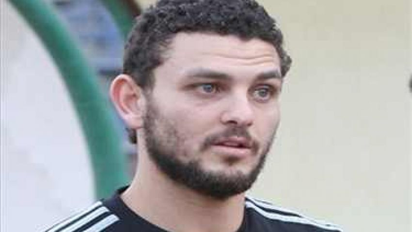 حسام غالي يبلغ لاعبي الأهلي برحيله إلى ليرس