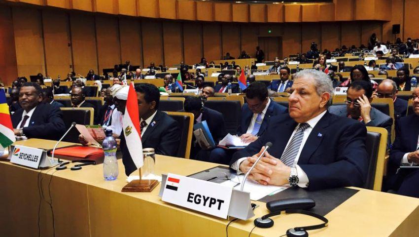 محلب يقترح إنشاء لجنة للتعاون بين مصر وإثيوبيا