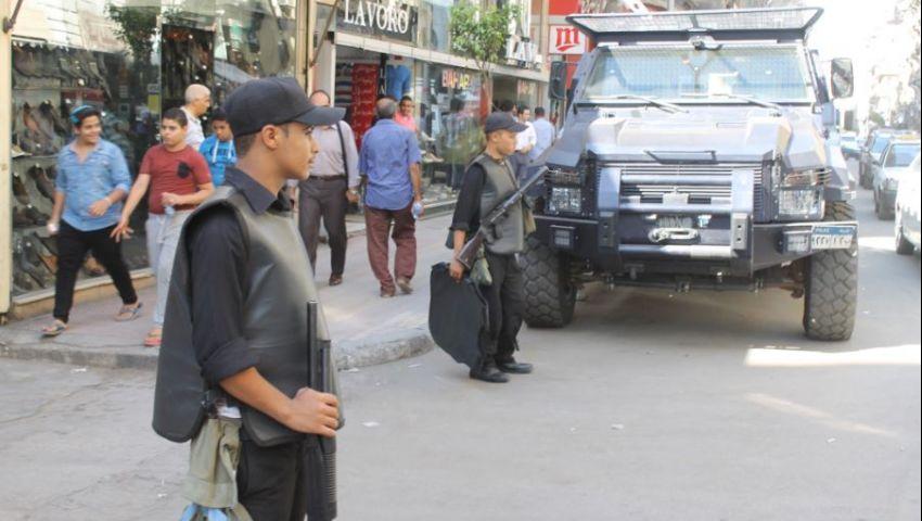 بالصور.. تمركز قوات الأمن بشارعي قصر النيل وطلعت حرب