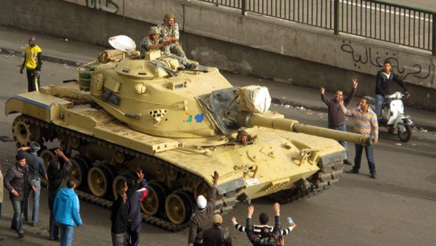 استعداد الصاعقة والمظلات لحماية المتظاهرين بميدان التحرير والاتحادية