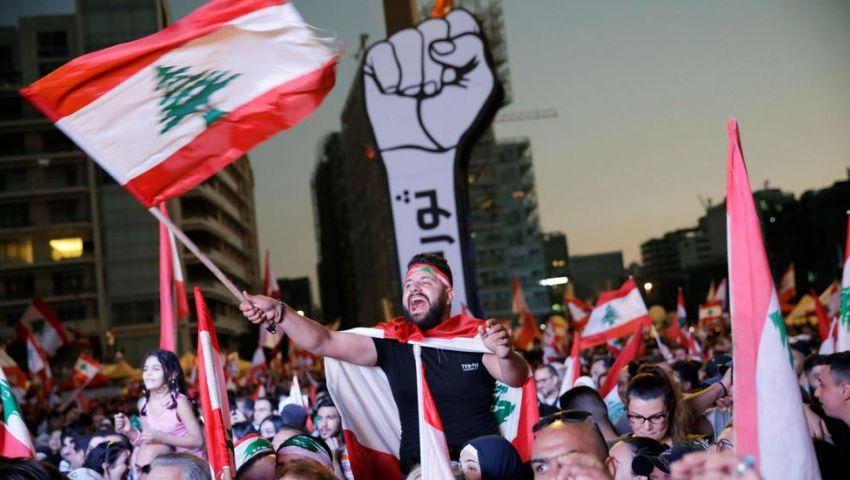 قطع طرق وإضراب جزئي بمدارس لبنان.. وانتكاسة جديدة في جهود تشكيل الحكومة