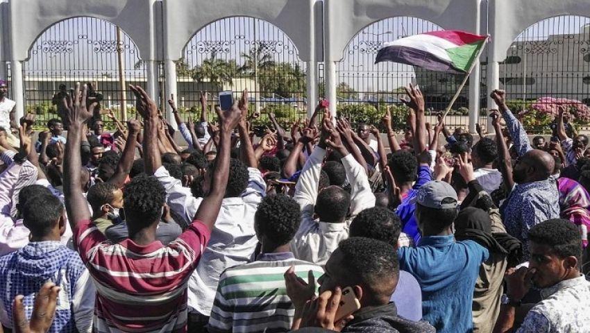 السودان.. المعارضة تتهم «العسكري»بالحيلولة دون تسليم السلطة