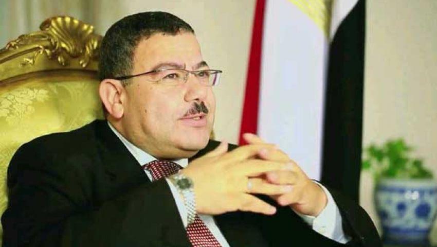 حملة حقوقية: معاملة مرسي أسوأ من أسرى الحرب