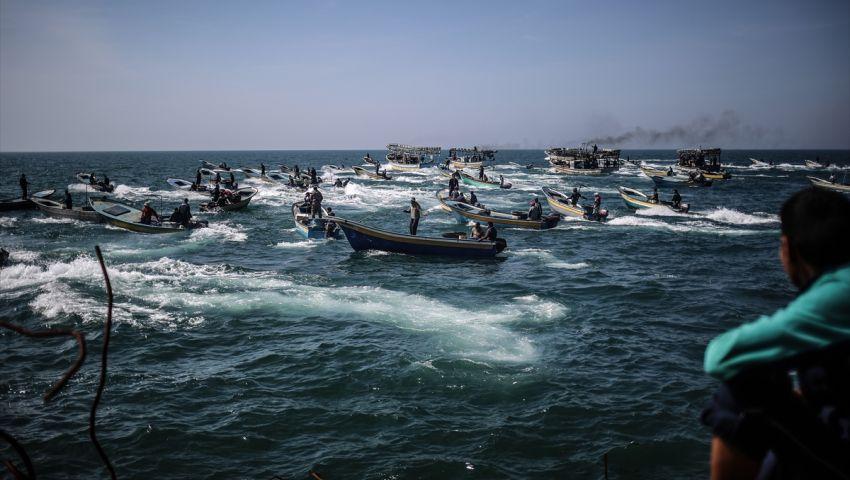 الاحتلال الإسرائيلي يعتقل صيادين في قطاع غزة