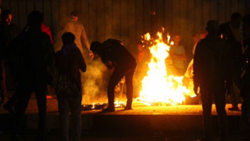 نشطاء يتداولون فيديو حرق علم مصر فى التحرير