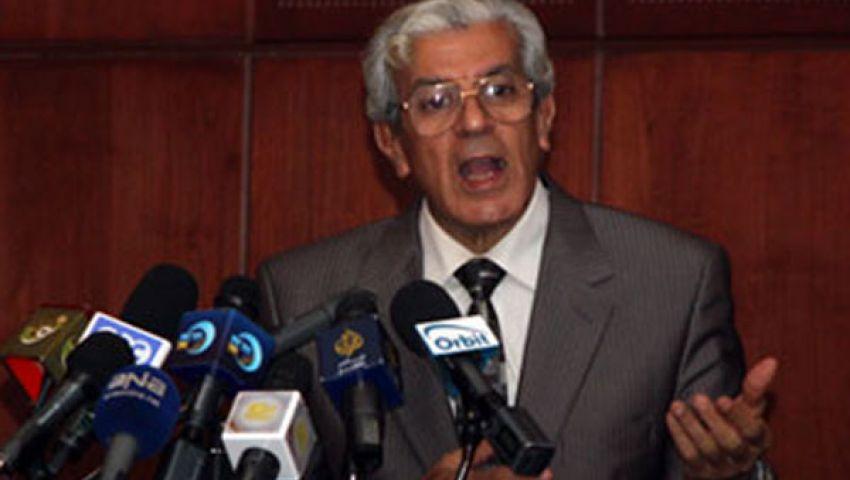 خالد عودة: يجب حل الهيئات والمجالس القضائية