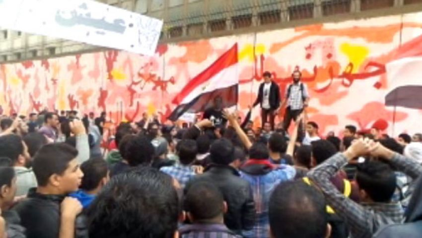 فيديو.. متظاهرو محمد محمود: الداخلية قتلت جيكا