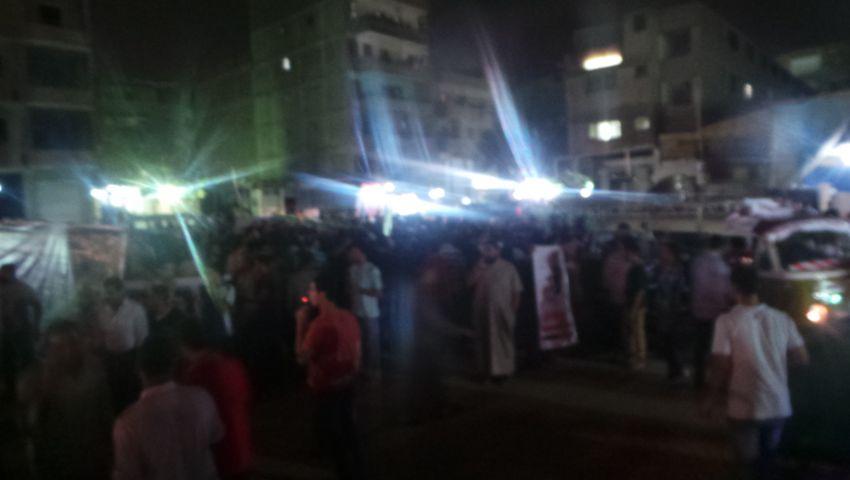 مسيرة ليلية بالطالبية لكسر حظر التجول
