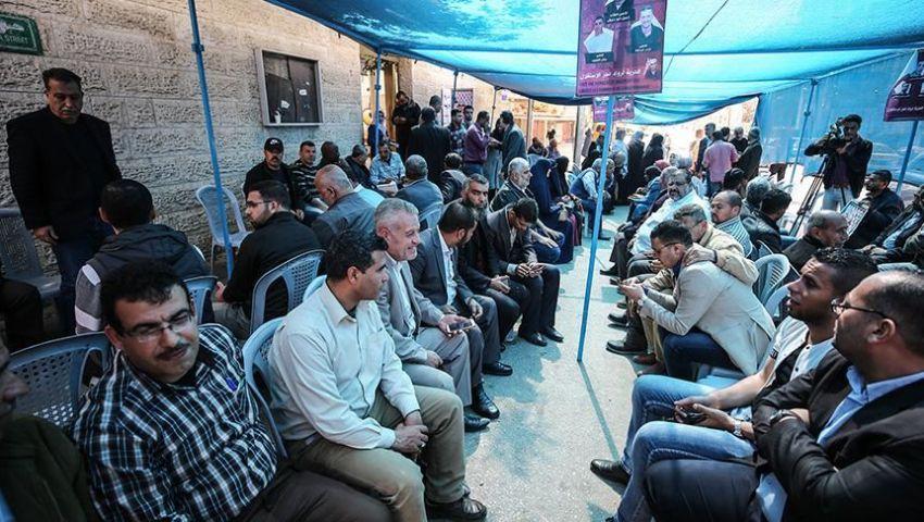 بالفيديو.. خيمة بغزة تضامنا مع معتقلين مضربين عن الطعام بسجون الاحتلال