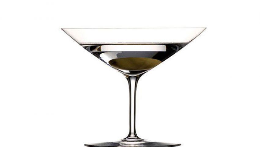 كأس يكشف عن المخدرات لمنع الاغتصاب
