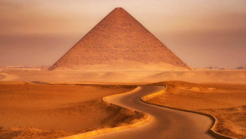 تليجراف تروج للسياحة في مصر رغم كورونا: «ادخلوها آمنين»
