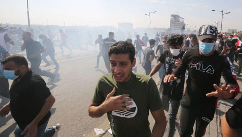 الجارديان: في العراق.. المظاهرات أكبر تحدي لرئيس الوزراء