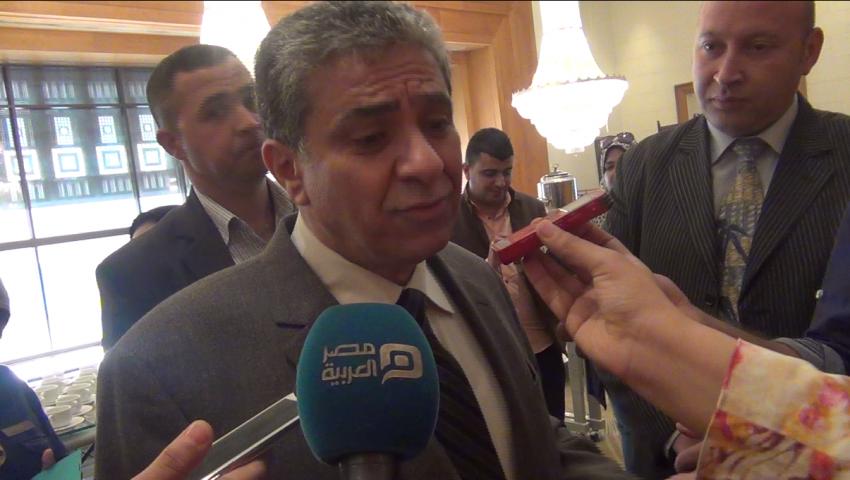 بالفيديو| وزير البيئة يلقي مسئولية المخلفات على التنمية المحلية