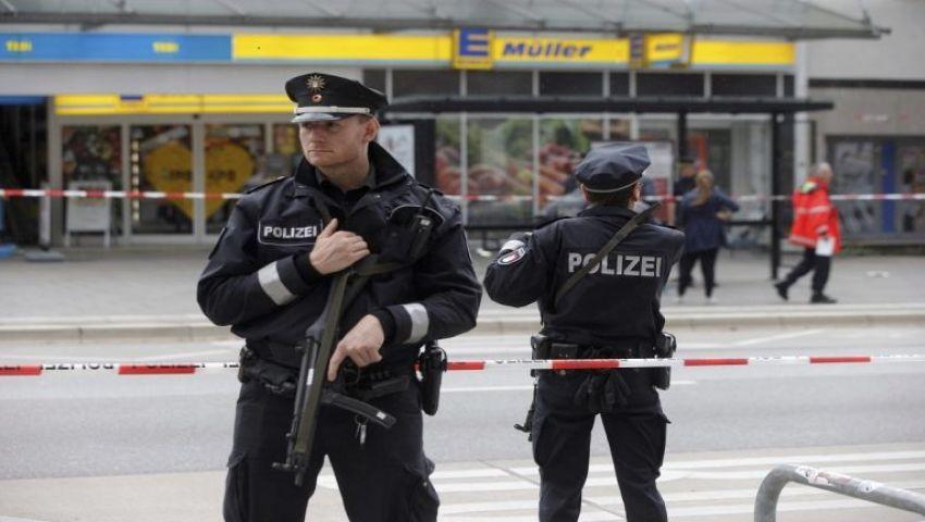 اعتداءات على مساجد بفرنسا.. وهجوم على محجبة في برلين