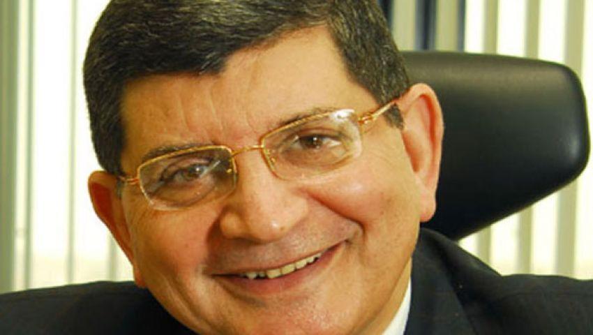 أنباء عن تعيين كامل رئيسًا لـمصر للطيران للخطوط الجوية