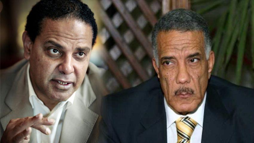 ماذا قال علاء الأسواني عن علاقة زكريا عبد العزيز بالإخوان؟