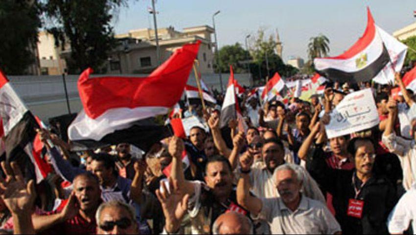 متظاهرو الدفاع: انزل يا سيسى مرسى مش رئيسى
