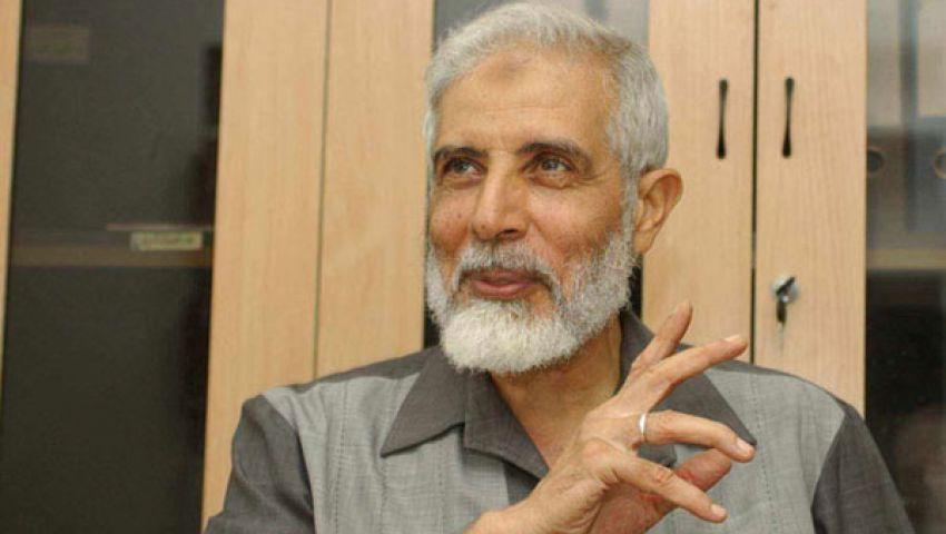 محمود عزت هل ينجح في الحفاظ على الإخوان من الانشقاقات؟