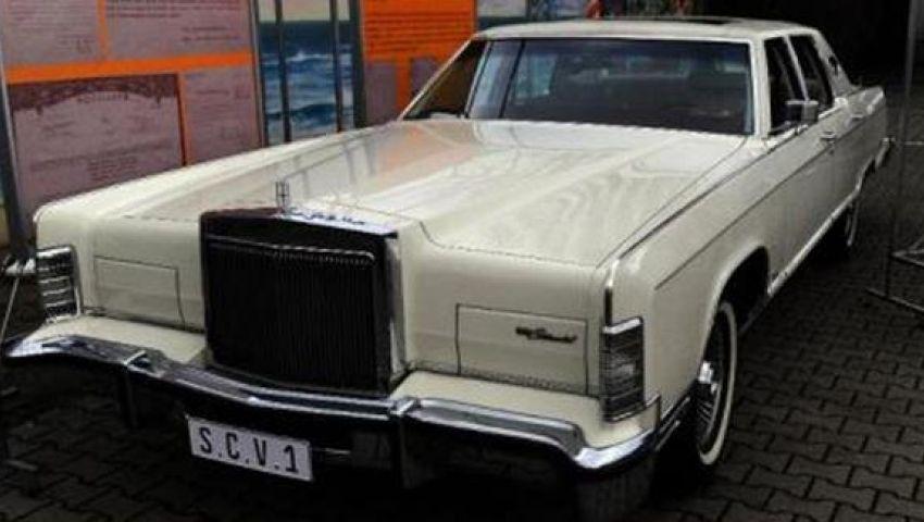 فورد تعيد إنتاج سيارة الرؤساء لينكولن
