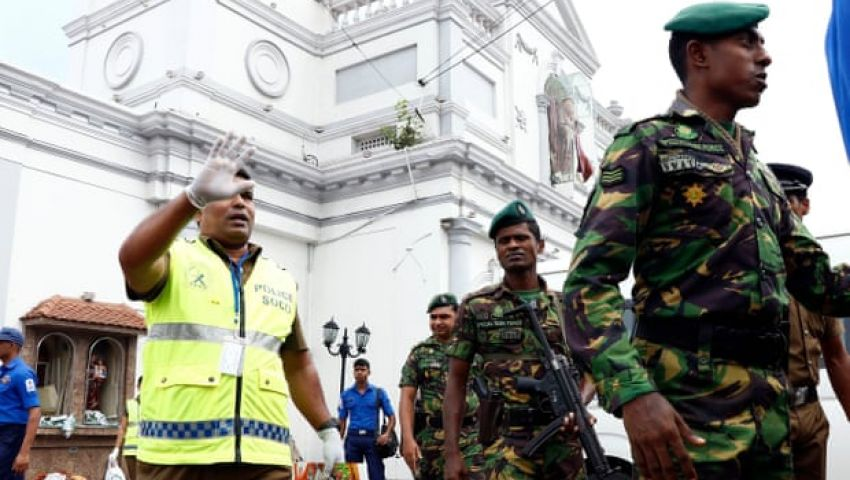 من وراء تفجيرات سريلانكا؟ صحيفة بريطانية تجيب