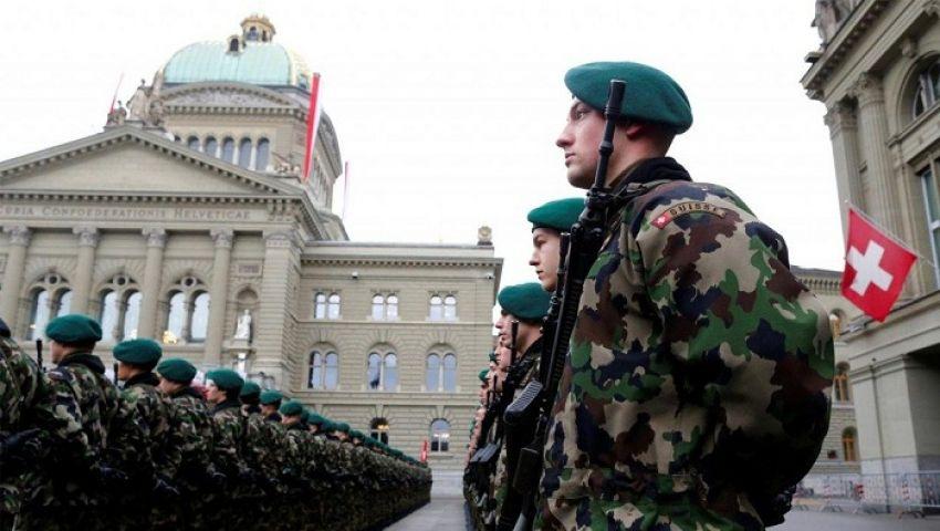قفزة مرعبة لإصابات «كورونا» بسويسرا.. والجيش يتأهب لمحاربة الوباء