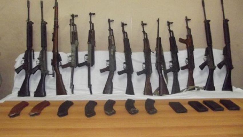 ضبط 12 قطعة سلاح غير مرخص بأسيوط
