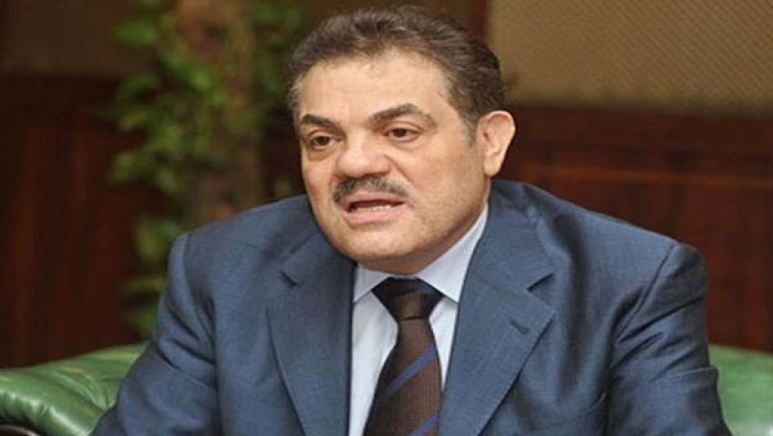 فيديو..الوفد يسلّم تمرد استمارات سحب الثقة من مرسي