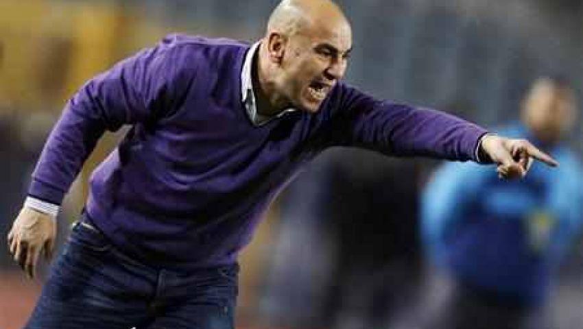 حسام حسن يحضر مباراة السوبر الأردني