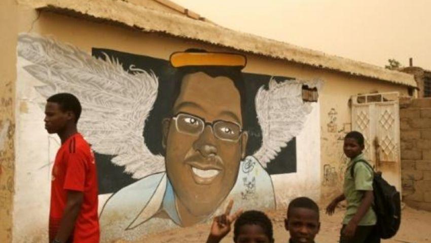 الفرنسية: في السودان.. مسح الرسومات من الجدران يشير لعودة العسكر لأساليبه القديمة