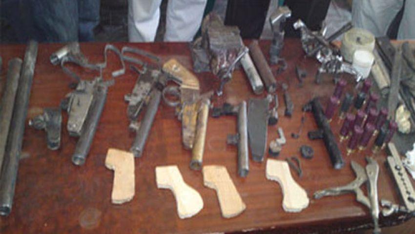 ضبط ورشة لتصنيع السلاح بأسيوط