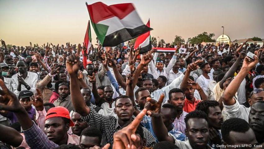 بالعصيان والمليونيات.. هل تجبر الحرية والتغيير عسكري السودان على التنحي؟
