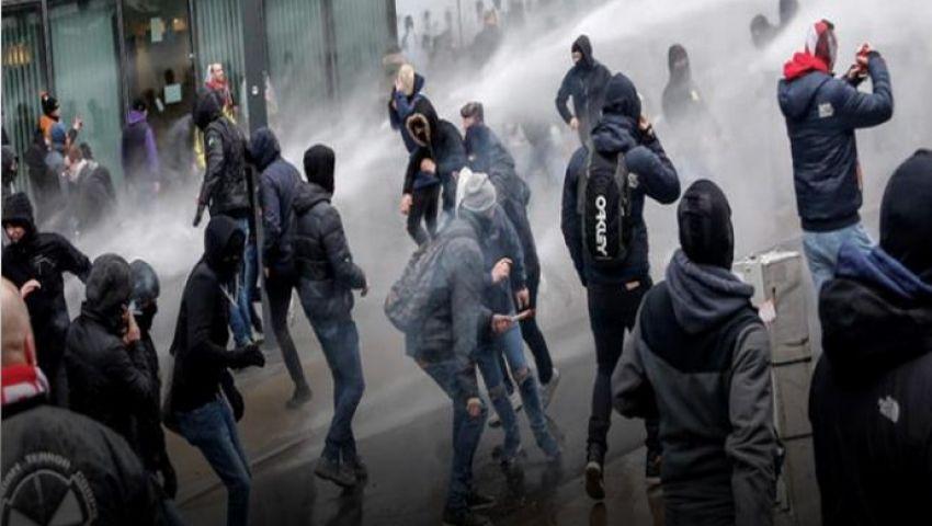 رغم حظر المسيرات.. المتظاهرون يتحدون الشرطة في هونج كونج