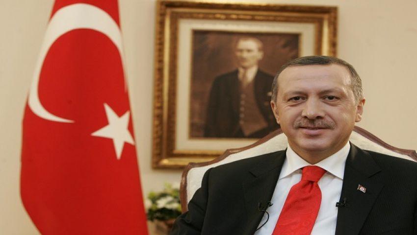 بعيدًا عن الإعلام.. أردوغان يلتقي وزير خارجية بريطانيا بأنطاليا