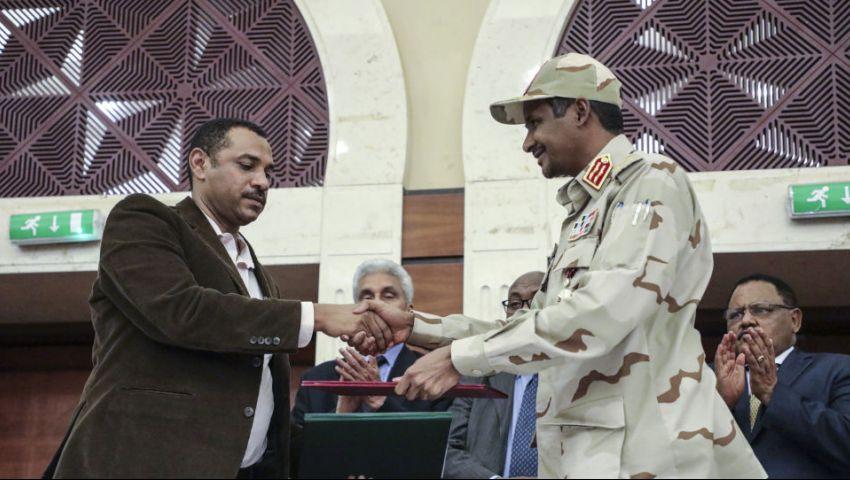 السودان|وسط انقسام شعبي وسياسي.. «الحرية والتغيير» تؤجل التفاوض على «الإعلان الدستوري»
