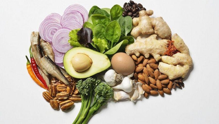 9 نصائح غذائية لتعزيز صحة دماغك