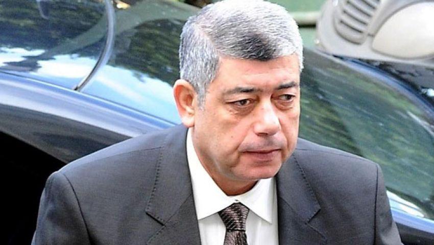 فيديو.. وزير الداخلية يتقدم جنازة النقيب أحمد سمير